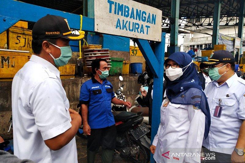 DKPKP DKI jamin ikan di Pasar Grosir Muara Angka aman