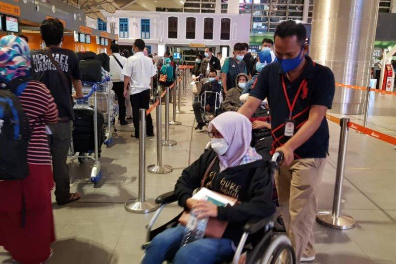 14 PMI rentan dipulangkan dari Bandara KLIA