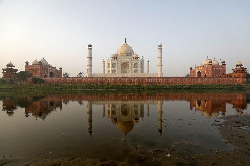 Masih pandemi, Taj Mahal justru tambah kapasitas pengunjung