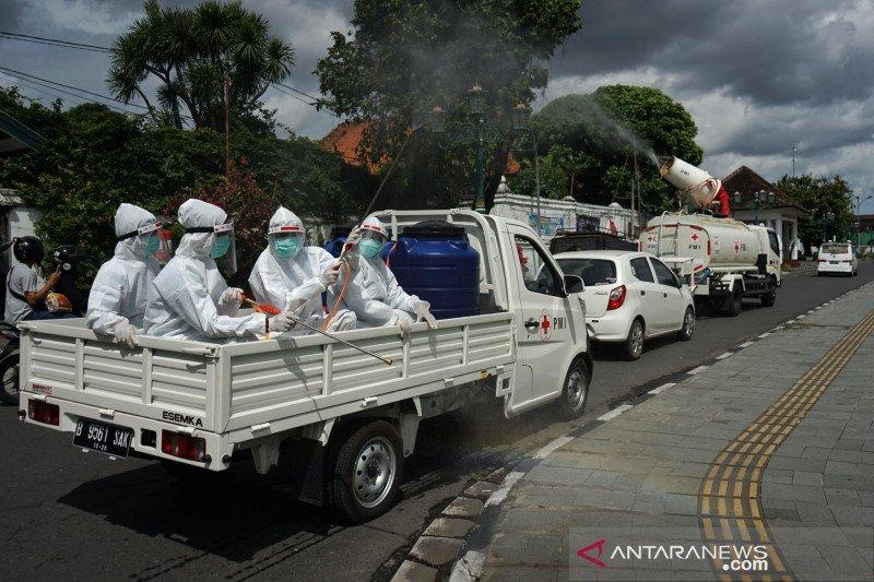PMI Yogyakarta disinfeksi titik keramaian jelang pergantian tahun