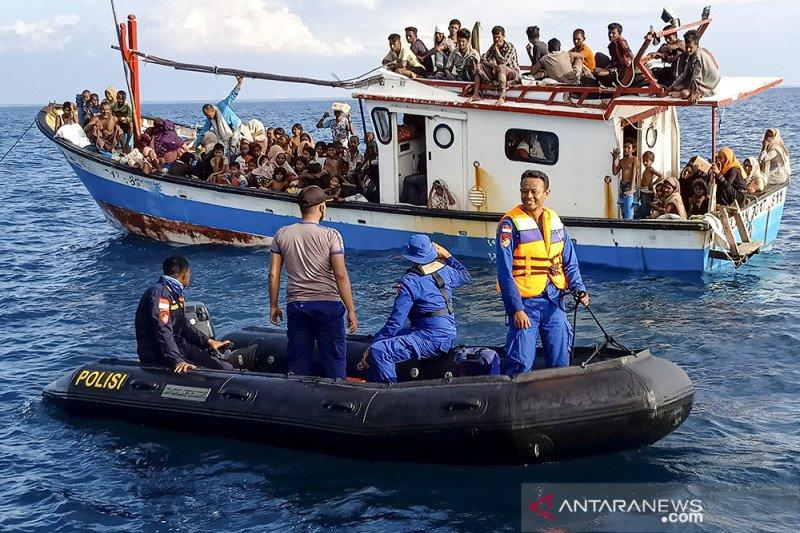 Sebanyak 81 warga Rohingya terdampar di Pulau Idaman, Aceh