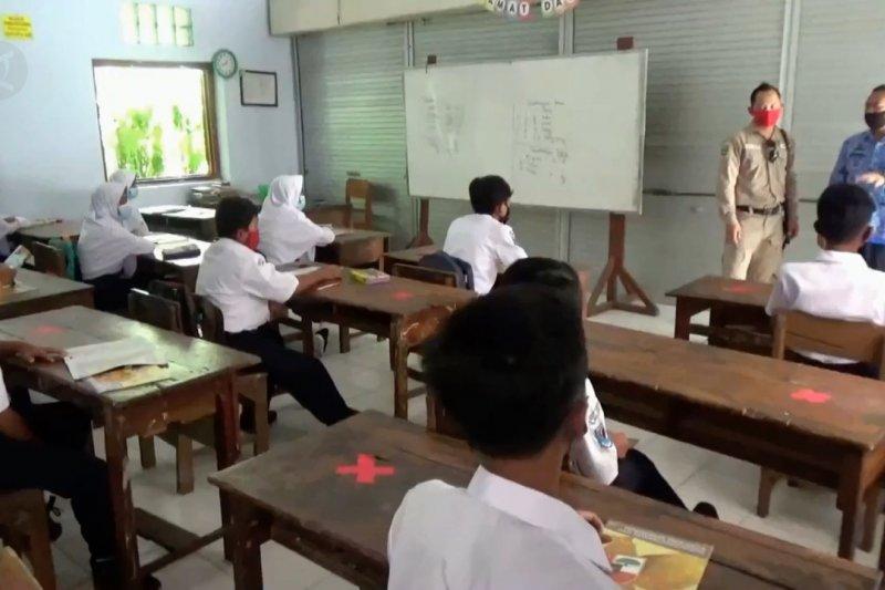 Dikpora Magetan kembali berlakukan KBM daring untuk dua SMP