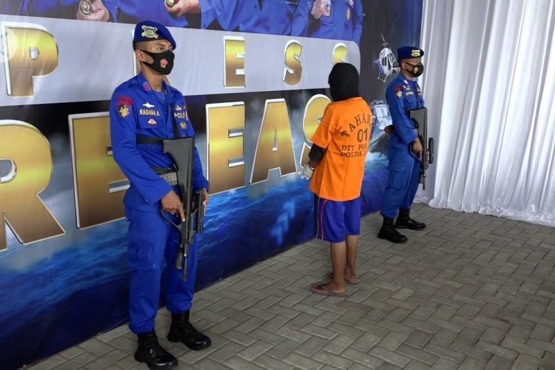 Polisi gerebek rumah produksi bom ikan di Bangkalan Madura