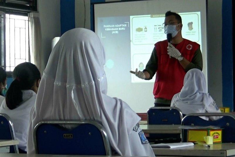 BIN sosialisasi adaptasi kebiasaan baru di sekolah