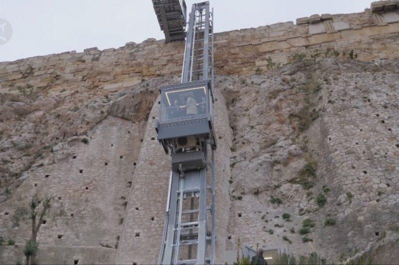Bukit Acropolis di Athena sediakan akses bagi penyandang disabilitas dan lansia