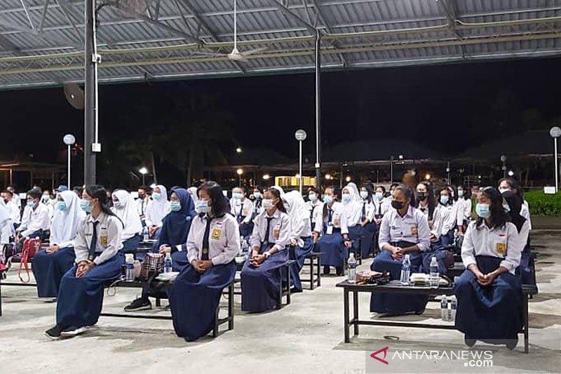 152 anak pekerja migran lanjutkan pendidikan di Tanah Air