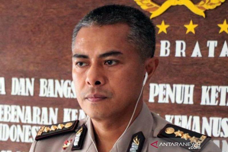 Polisi ingatkan masyarakat jangan pakai atribut FPI