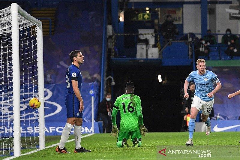 Manchester City pecundangi Chelsea di Stamford Bridge