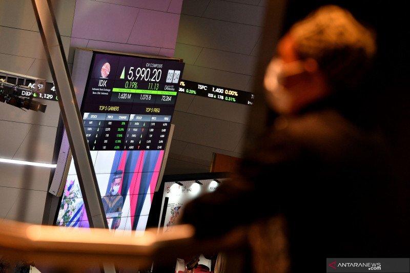 IHSG ditutup menguat, di tengah pelemahan mayoritas bursa saham Asia