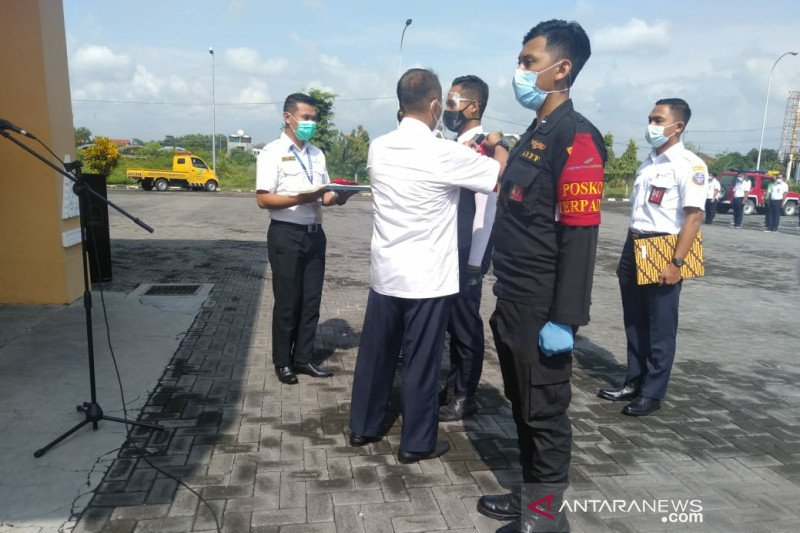 Jumlah penumpang Bandara Adi Soemarmo akhir tahun turun 76 persen