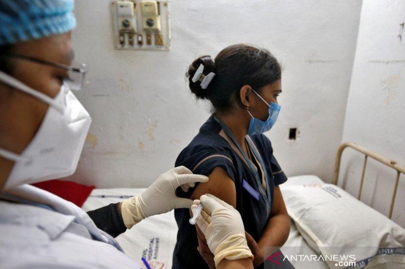 India laporkan 447 kasus 'efek samping' setelah vaksinasi COVID-19