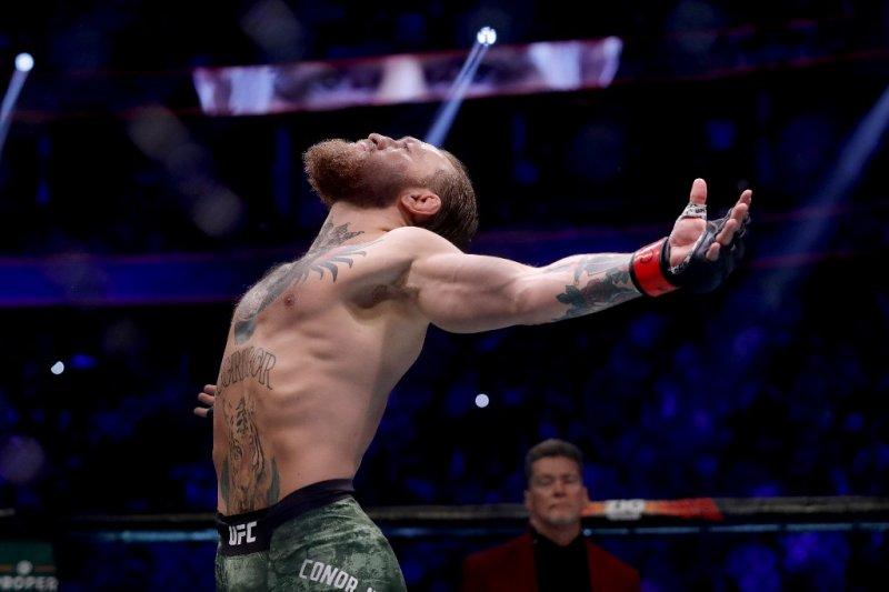 McGregor janjikan 'mahakarya' saat hadapi Dustin Poirier