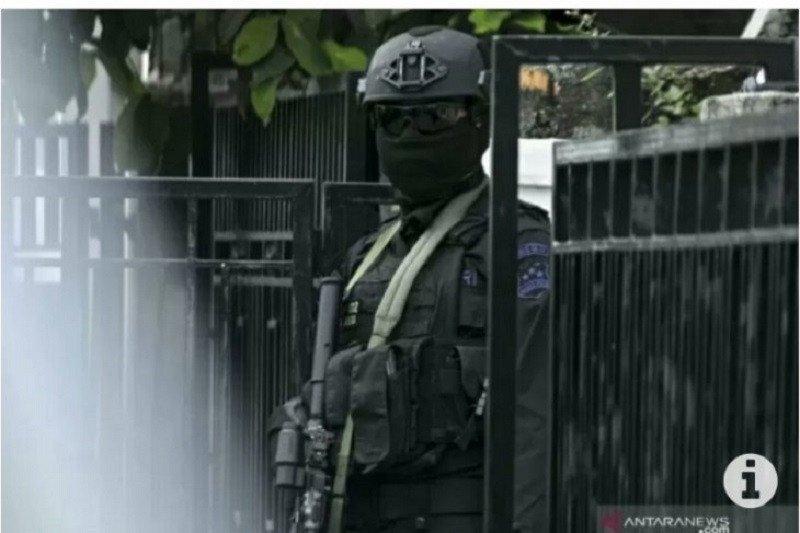Densus 88 tangkap dua terduga teroris di Langsa