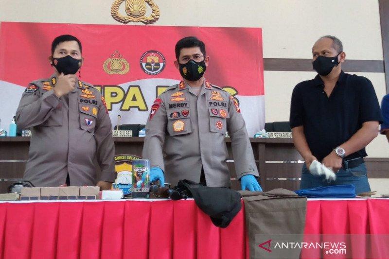 Pemakaman dua terduga teroris di Makassar dikawal ketat polisi