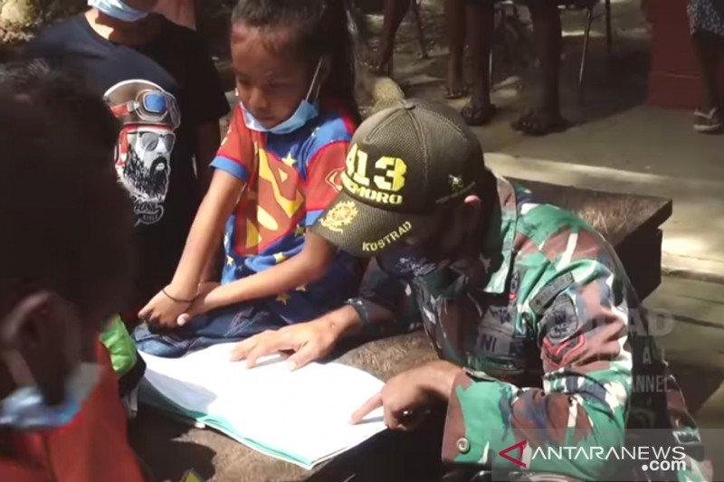 Kasad bantu sarana pendidikan untuk anak Keerom Papua