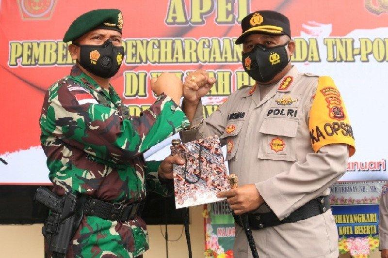 36 Personel TNI-Polri mendapat penghargaan dari Kapolresta Jayapura Kota
