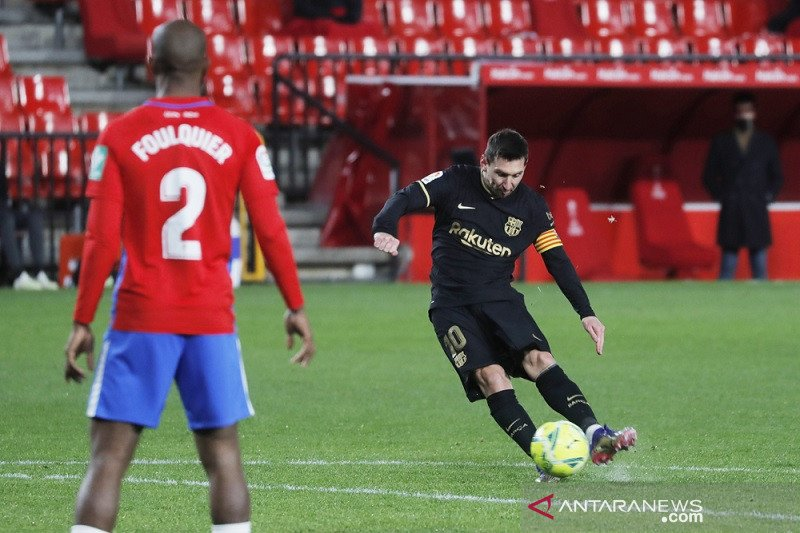 Messi cetak dua gol bantu Barcelona cukur Granada 4-0