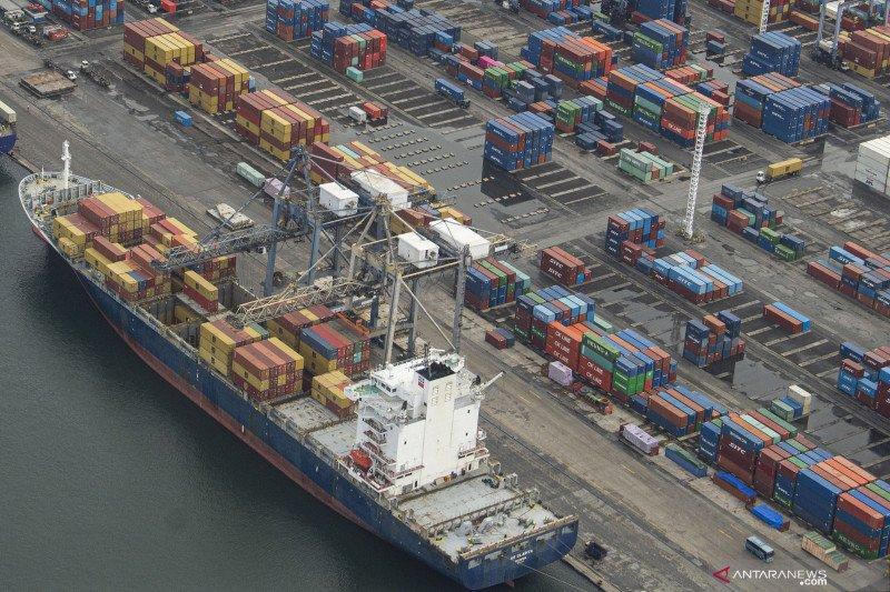 Impor Indonesia Desember 2020 capai 14,44 miliar dolar AS