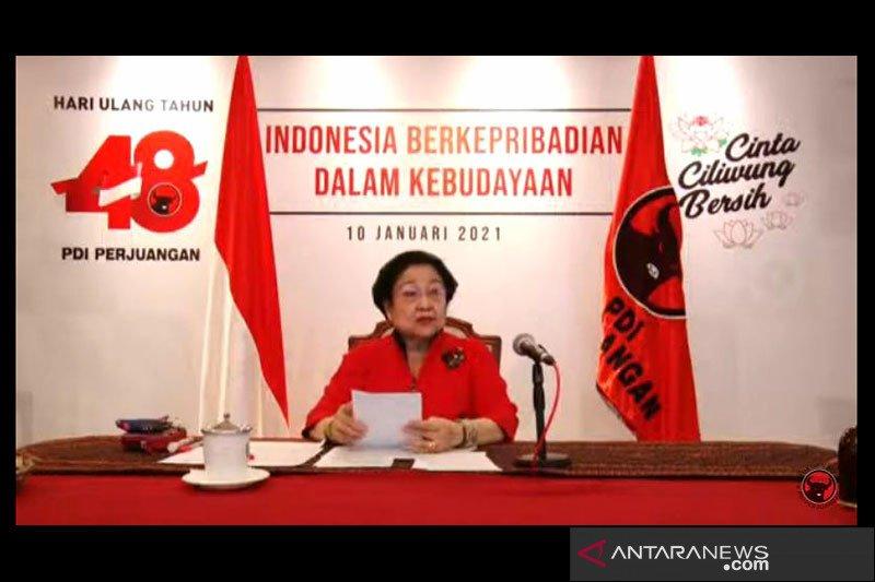Megawati terisak kenang pesan Bung Karno di HUT Ke-48 PDIP