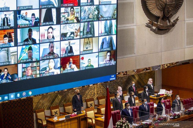 Rapat Paripurna DPR dihadiri 384 anggota