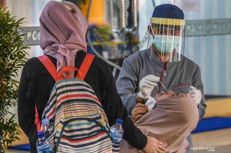 Pertambahan kasus COVID-19 Jakarta sebanyak 2.461 pada Senin