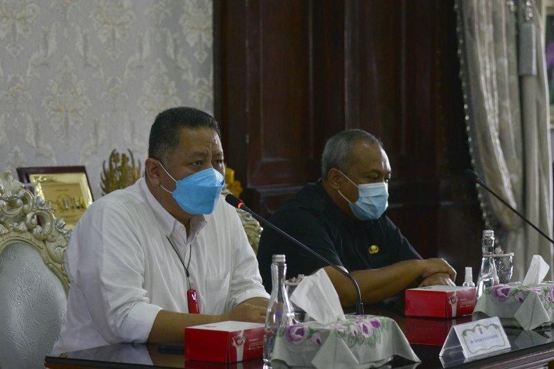 Jam operasional mal saat PPKM Surabaya dibatasi hingga pukul 20.00 WIB