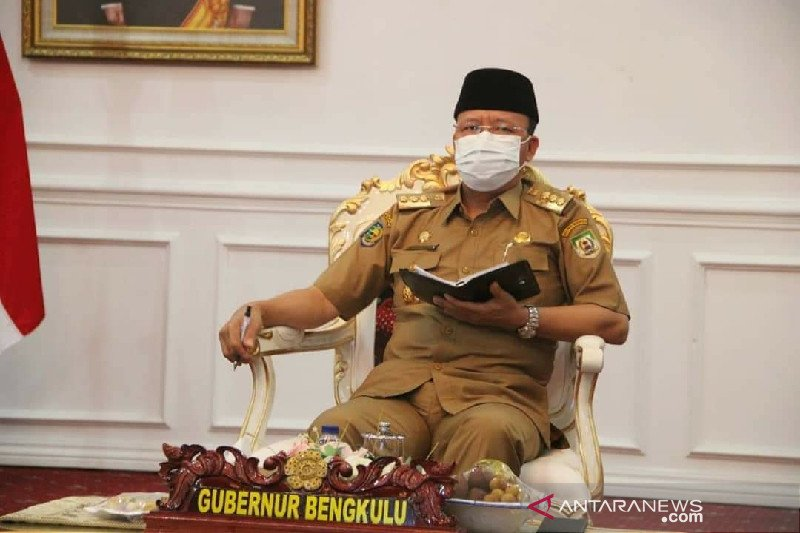 KPK periksa Gubernur Bengkulu dan Bupati Kaur