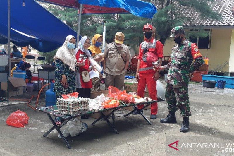 PMI kirim logistik untuk kebutuhan operasi SAR kecelakaan pesawat