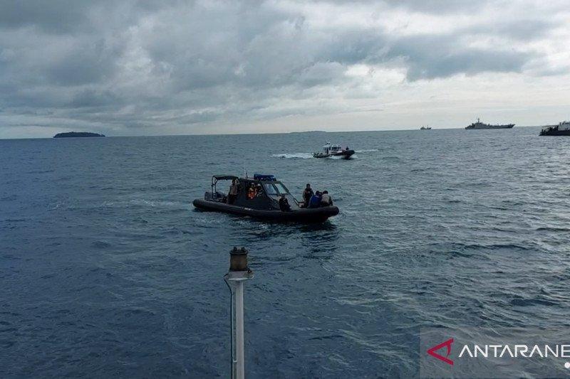 Polairud Polri fokuskan pencarian korban SJ-182