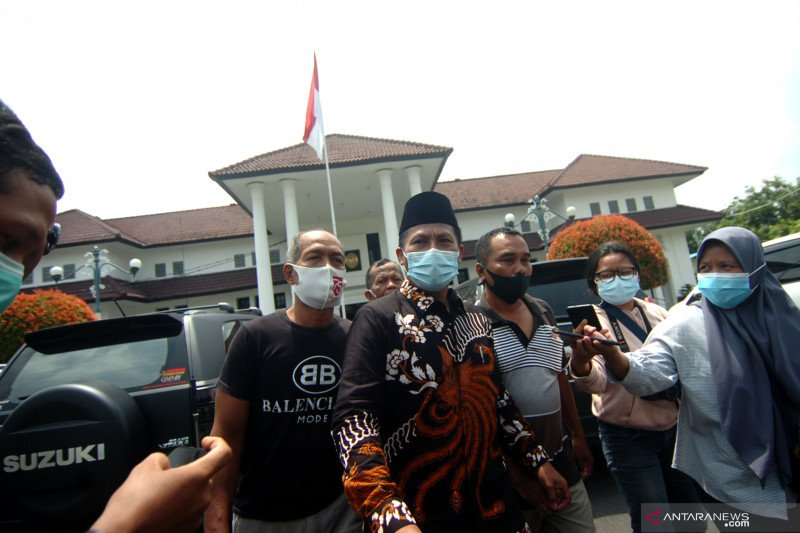 Ganjar Pranowo harap vonis wakil ketua DPRD Tegal jadi peringatan