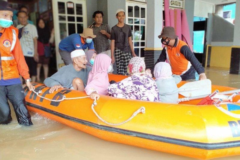 Hujan terus mengguyur, banjir di Kalsel semakin parah