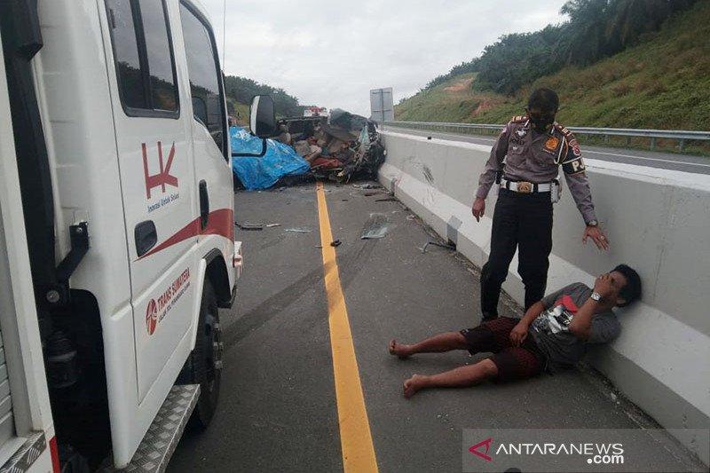 Lima orang meninggal akibat kecelakaan maut di Tol Pekanbaru-Dumai