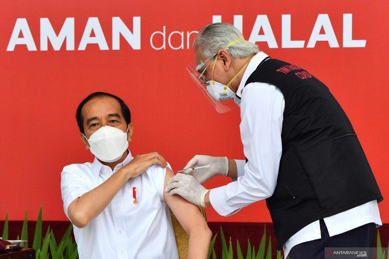 Presiden disuntik vaksin COVID-19