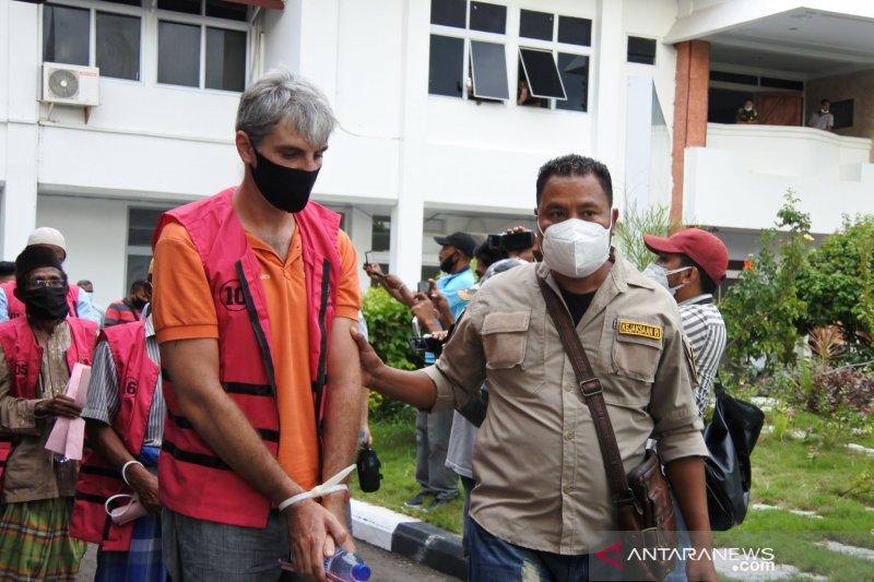 Kejaksaan tahan 13 tersangka korupsi aset pemerintah di Labuan Bajo