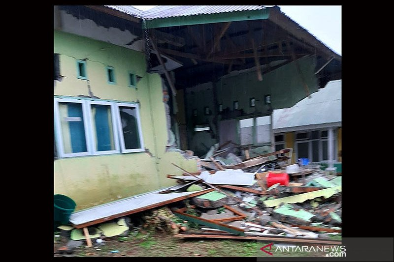 DPR desak pemerintah segera kirim bantuan untuk korban gempa Sulbar