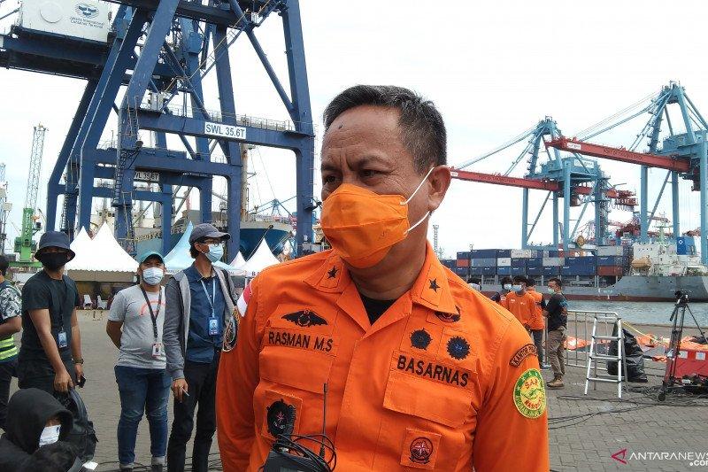 Tim SAR tambah penyelam cari CVR, korban dan puing SJ-182