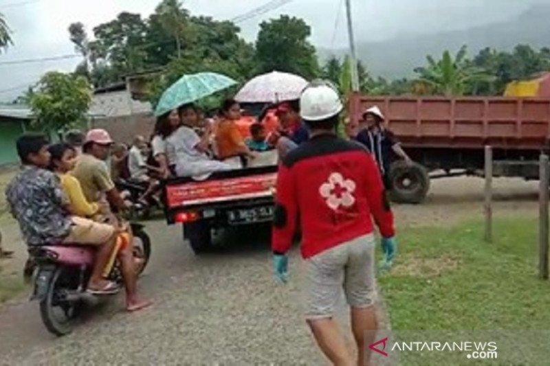 PMI kerahkan puluhan relawan dan ambulans ke lokasi gempa Sulbar