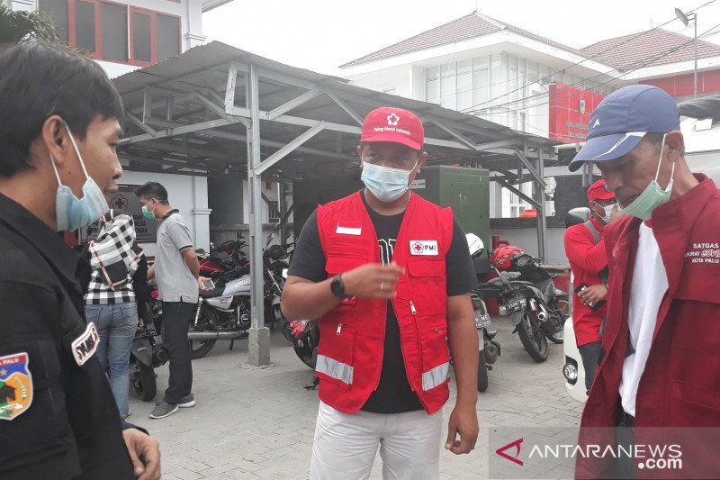 PMI Sulteng kirim relawan dan ambulance ke Sulbar