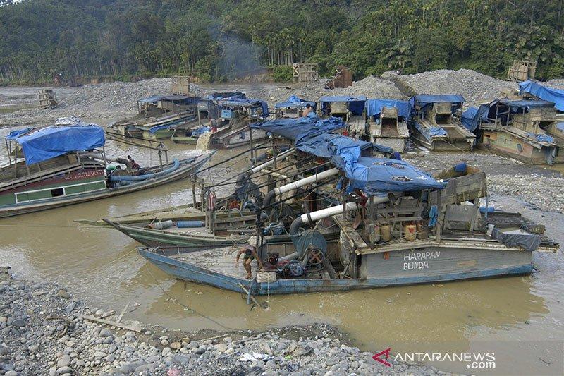Jenazah korban longsor tambang emas Solok Selatan dipulangkan ke Jawa