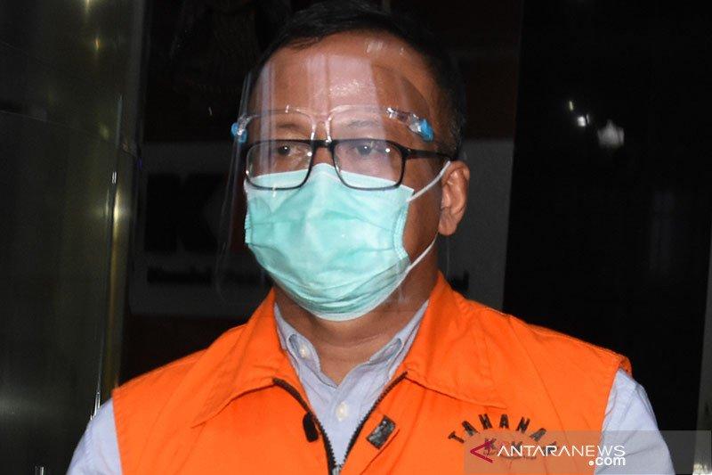KPK periksa Edhy Prabowo, sita tas dan baju bermerek