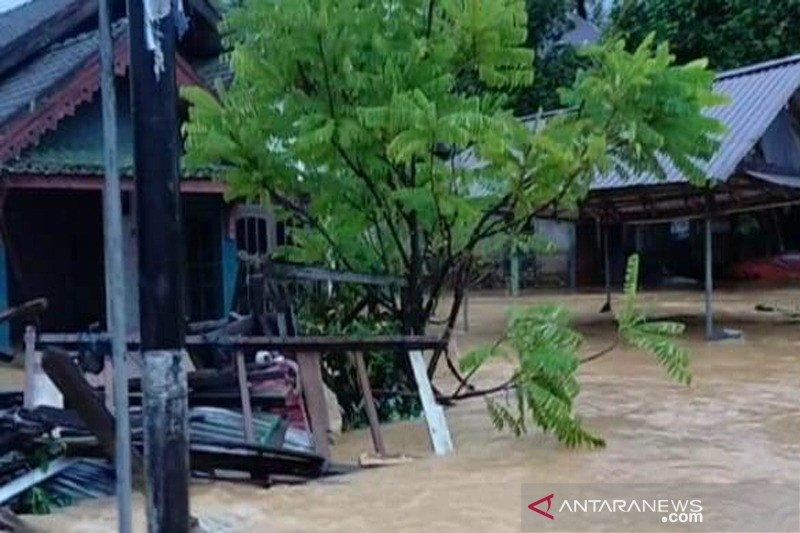 Banjir meluas di wilayah Hulu Sungai Tengah, Kalimantan Selatan