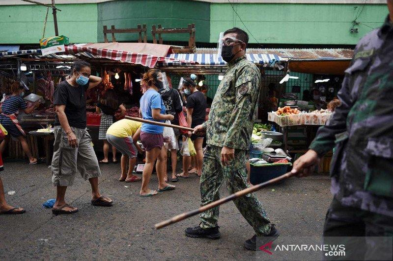 Penegakan protokol kesehatan di Manila