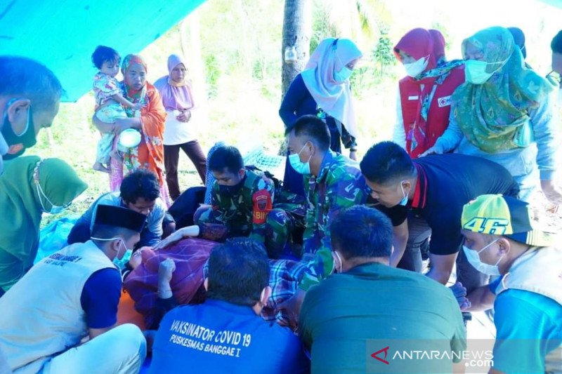 PMI bangun 10 unit tangki air bersih di lokasi gempa Sulbar