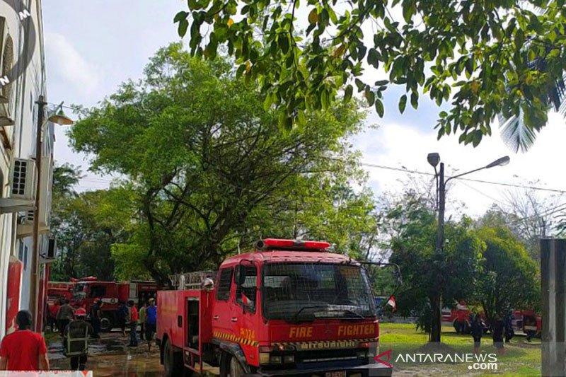 Gedung asrama Universitas Sumatera Utara terbakar