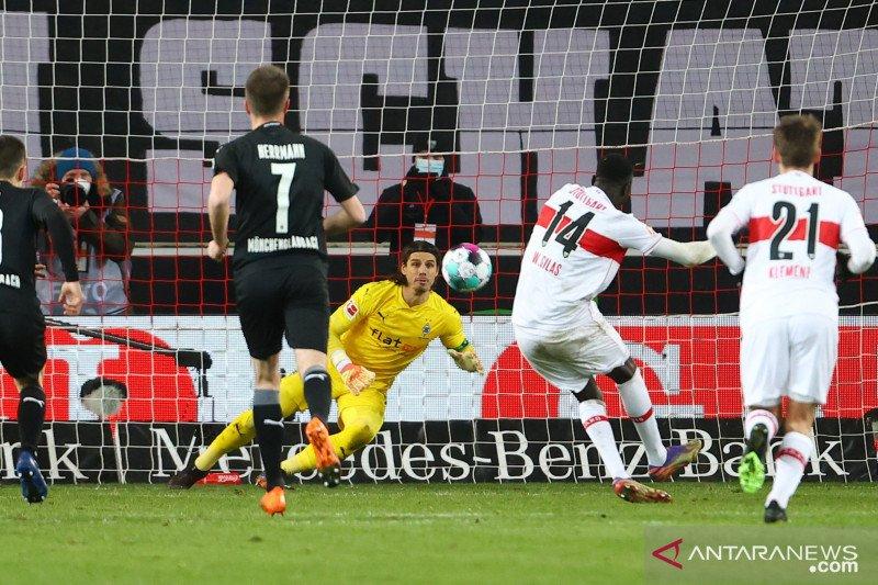 Penalti Silas amankan hasil imbang bagi Stuttgart saat jamu Gladbach