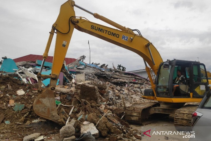 Tim SAR lakukan pencarian korban di RS Manakarra setelah terima aduan