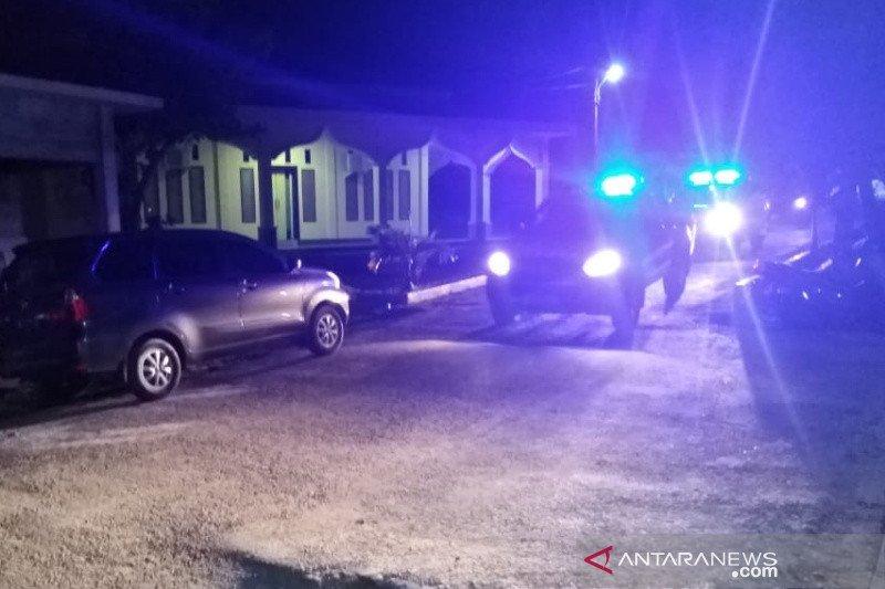 Polisi patroli perbatasan Sulteng-Sulbar antisipasi penjarahan bantuan