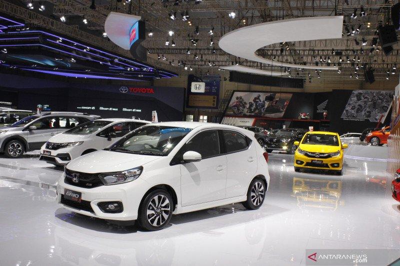 20 mobil terlaris Indonesia, Honda Brio dan Suzuki Carry teratas