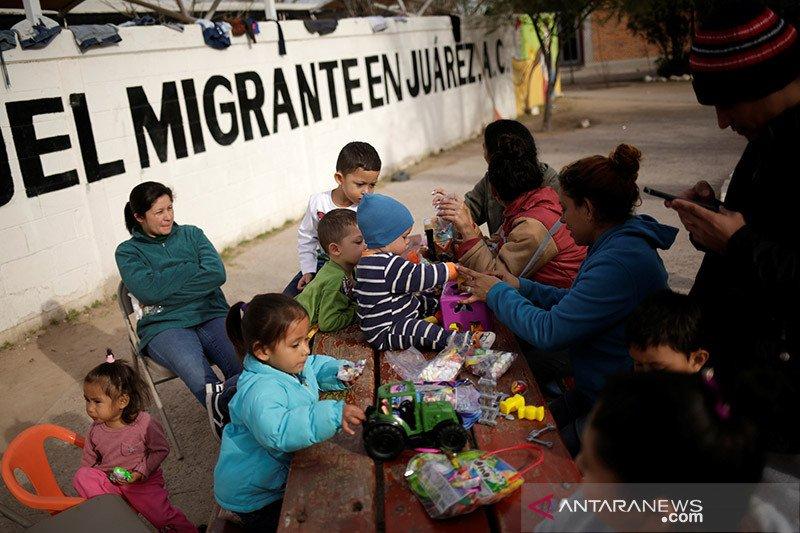 Sekitar 8.000 migran di seluruh Guatemala bergerak menuju AS