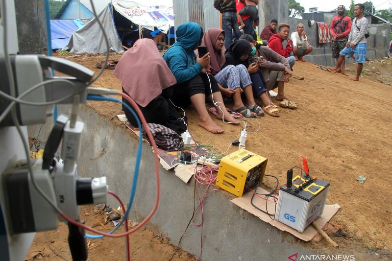 Kebutuhan listrik warga korban gempa bumi Sulawesi Barat
